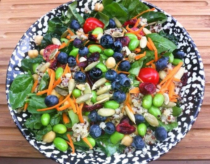 Kale superfoods salad