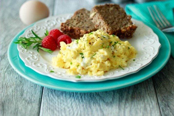 goat cheese and chive eggs