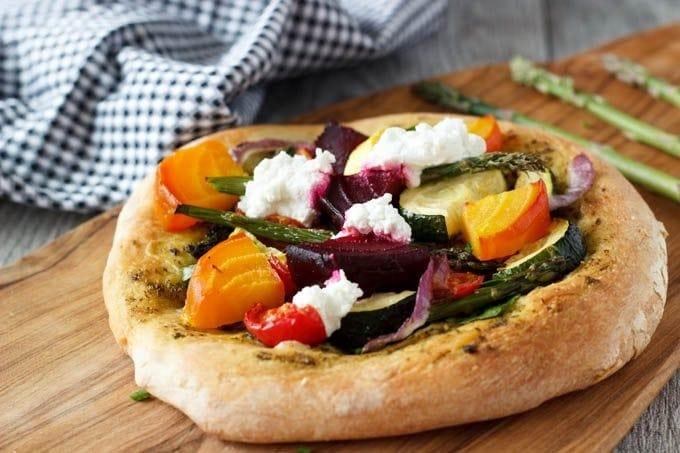 rustic veggie pizza 2