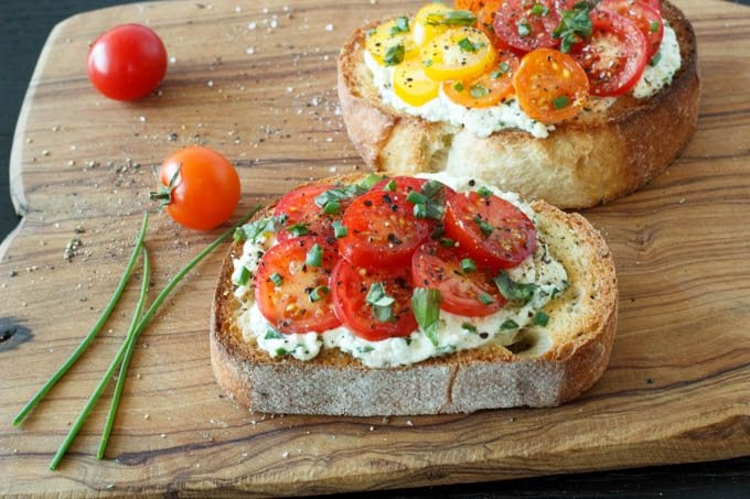 ... appetit tomato crostini recipe myrecipes com roast tomato crostini