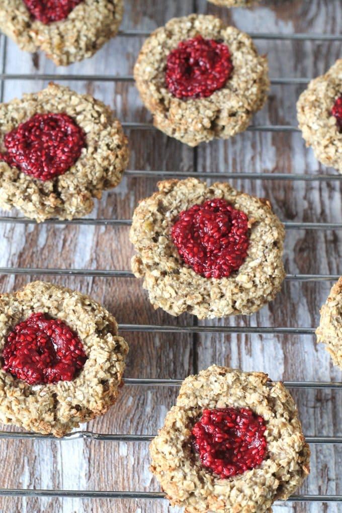 Oat-Thumbprint-Cookies-Chia-Jam_003
