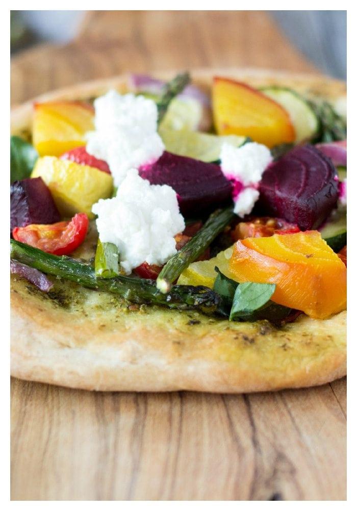 rustic pesto veggie pizza