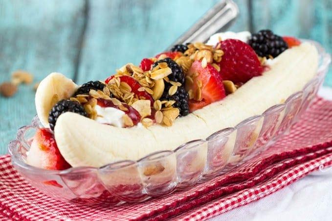 Healthy Breakfast Banana Split ( Dessert for Breakfast)