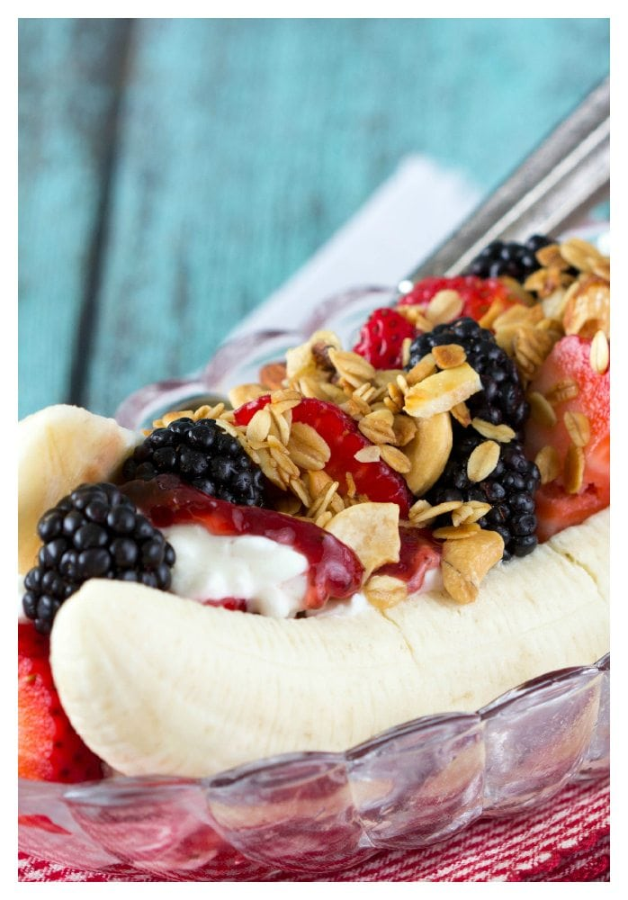 Healthy Breakfast Banana Split - Simple Healthy Kitchen