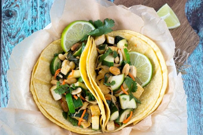 kimchi tacos clean eating- simplehealthykitchen.com  #clean eating
