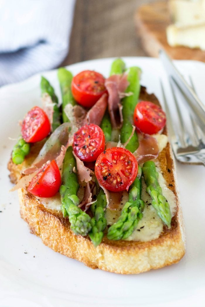 open face asparagu and cheese sandwich- simplehealthykitchen.com _