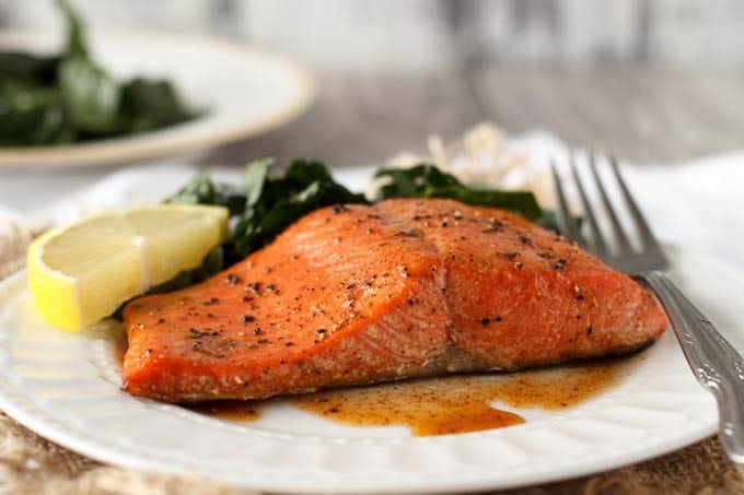 how to cut cooked salmon