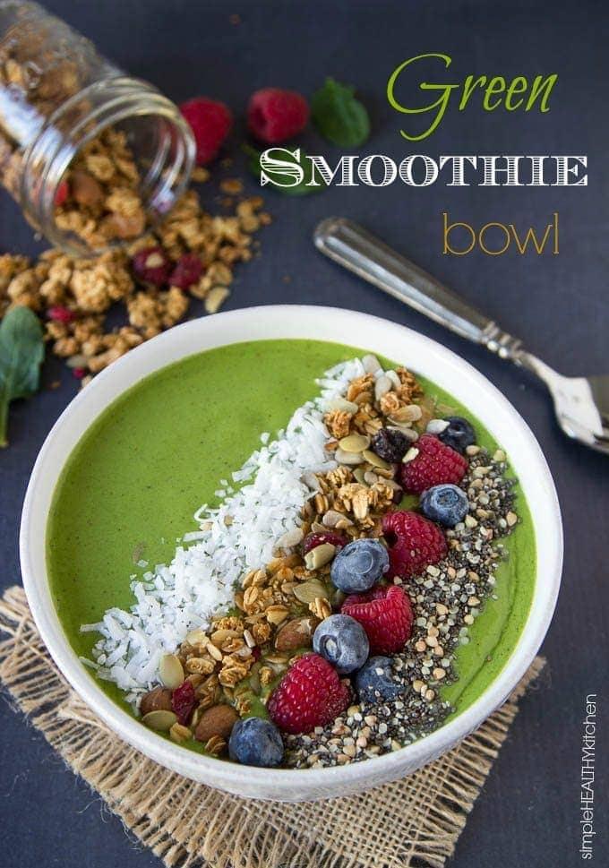 green-smoothie-bowl