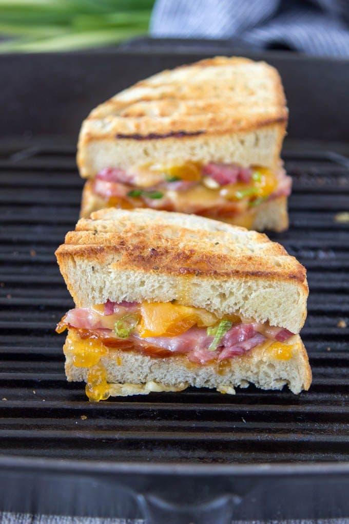 smoked-gouda-ham-apricot-panini featured 2