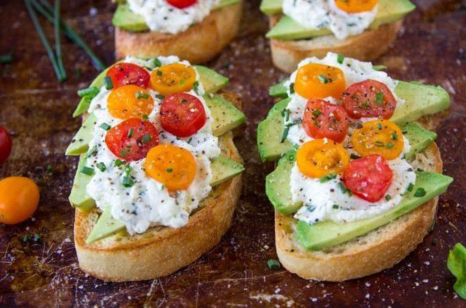 Avocado Toast + Herbed Ricotta & Fresh Tomatoes